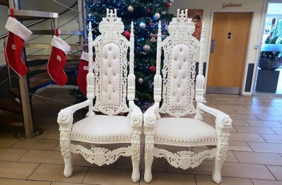 Mr and Mrs Throne Hire
