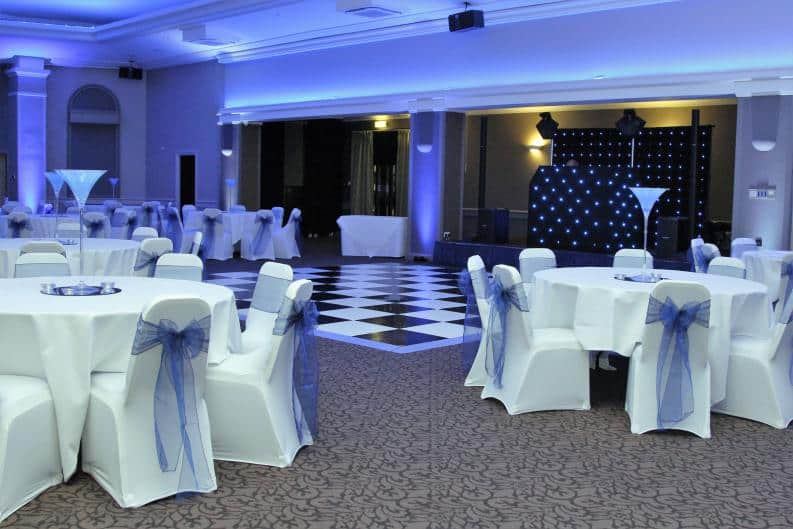 pARTY dANCE fLOOR hIRE